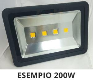 FARO LED IP65 PER ESTERNO WATT REALI GARANTITI LUCE CALDA O FREDDA 10W - 20W - 30W - 50W - 70W - 100W - 120W - 200W